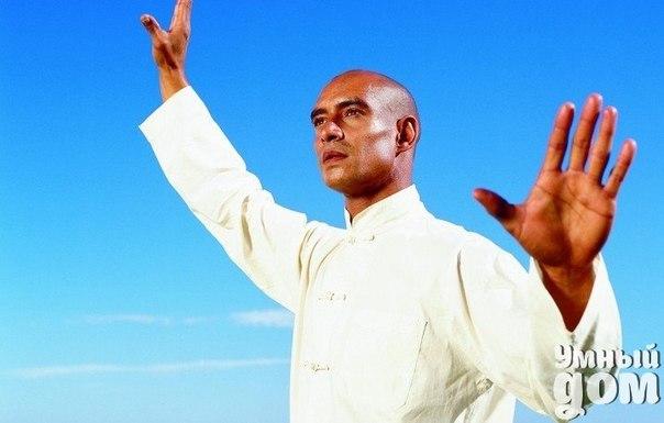 Тибетская гормональная гимнастика Я хотела бы рассказать об одной удивительный тибетской гормональной гимнастике, о которой узнала из фильма, который Вы можете посмотреть в конце статьи. Эту гимнастику практиковали монахи в одном из тибетских монастырей. Она занимает всего пять минут в день. Тибетская гормональная гимнастика позволяет поддерживать все эндокринные железы, которые вырабатывают гормоны, в молодом состоянии, в возрасте примерно 25- 30 лет. Эта гимнастика очень легкая. Делаем её…